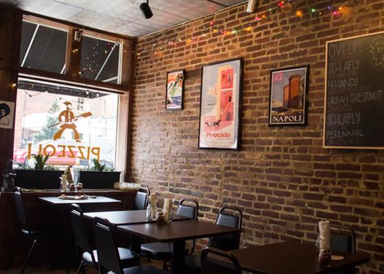 Inside Pizzeoli in Soulard. | Mabel Suen
