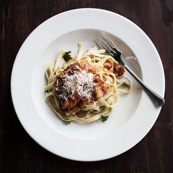 Fettuccine all'amatriciana with pancetta, tomato sauce and parmigiano reggiano. | Jennifer Silverberg
