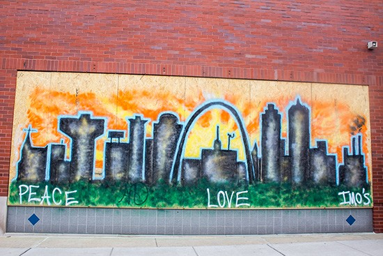 One of the many murals painted by volunteers on South Grand. | Photos by Mabel Suen