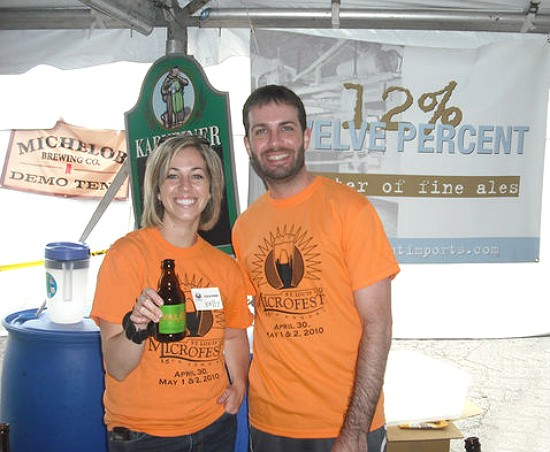 Volunteers sipping beers at 2010's St. Louis Microfest. - RFT PHOTO