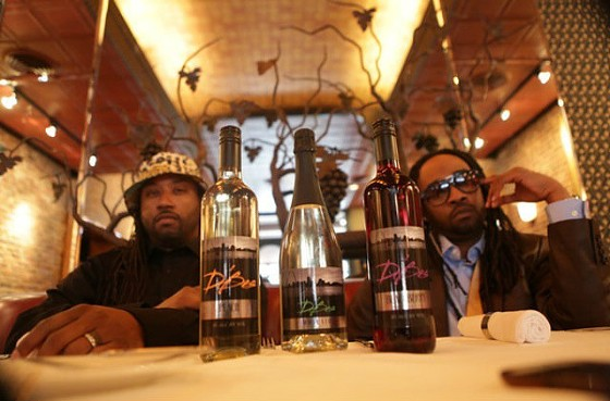 Kyjuan and Murphy Lee with their new line, D'Bes Wine.   Courtesy D'Bes Wine