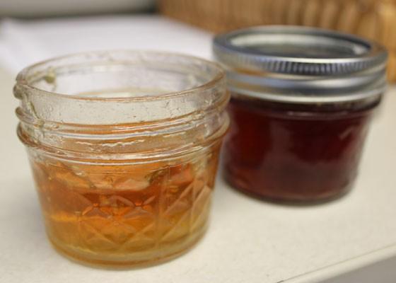Chardonel, left, and Chambourcin jelly. | Nancy Stiles