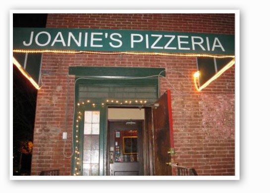 Joanie's brings the best thin-crust pizza & t-ravs around. | RFT Photo