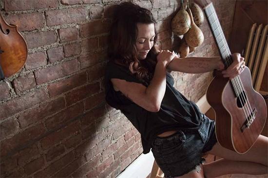 Amanda Shires - Tuesday, September 3 @ Off Broadway - PRESS PHOTO | ERICA SHIRES