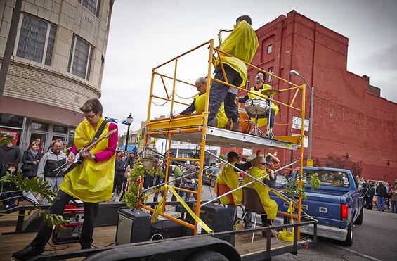 A scene from last year's Cherokee Street Cinco de Mayo parade. - STEVE TRUESDELL