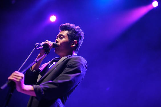 Temper Trap vocalist Dougy Mandagi. More photos here - TODD OWYOUNG
