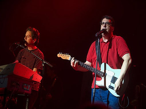 The two Johns: Linnell (left) and Flansburgh. Slideshow here. - JON GITCHOFF
