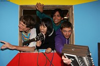 Deerhoof_Press_Photo.jpg