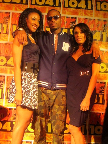A few dozen female fans took advantage of the B.o.B. photo ops before he was whisked off the stage for more interviews.