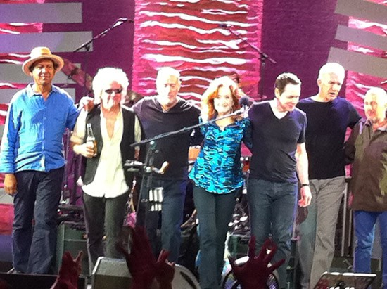 Bonnie Raitt and band take a bow at the Pageant - ROY KASTEN