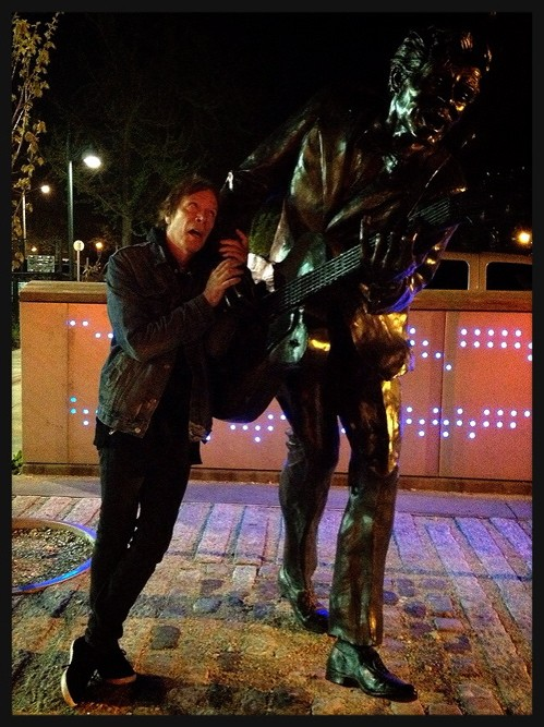 Legs McNeil at the Chuck Berry statue on Delmar Boulevard - JAIME LEES