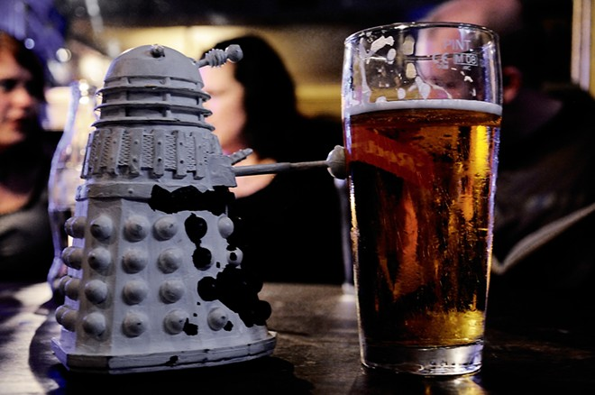 Even science fiction likes beer. - MAGGIE A - DAY / FLICKR