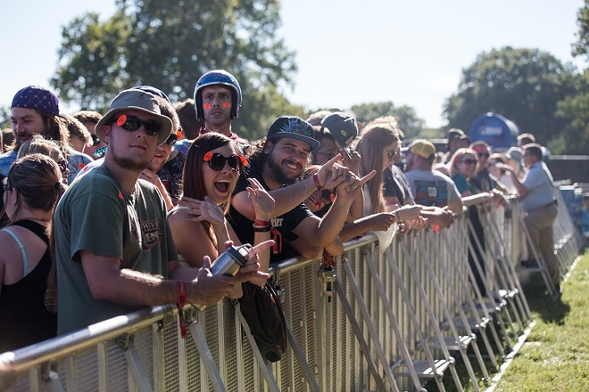 You'd hear no lineup complaints from these LouFest fans. - ROBERT ROHE