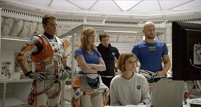 Worried astronauts consider their options. - COURTESY OF TWENTIETH CENTURY FOX