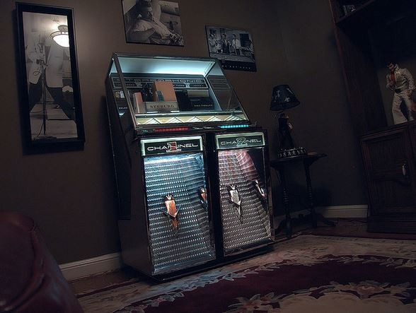 Get out of jukeboxes, you damn Cubs fans! - VIA FLICKR