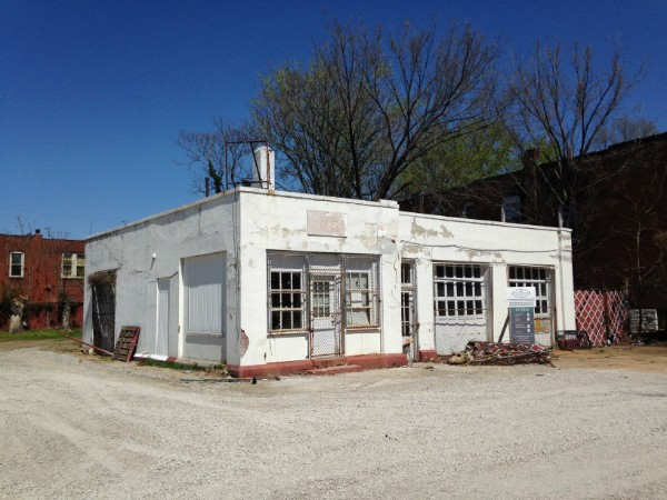 A former gas station at Shaw Boulevard and Klemm Street could become a new burger place. - PHOTO BY DOYLE MURPHY