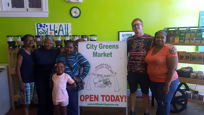 Co-directors Dylan Naylor and Resendra Sykes (right) and Bobbie Sykes and fellow Midtown Mamas are preparing for the market located in The Grove to reopen. - KAVAHN MANSOURI