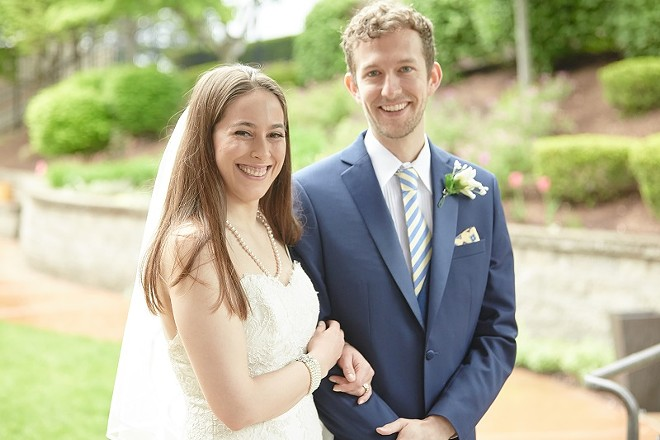 A wedding is planned, but in I Now Pronounce the ceremony keeps getting farther off track. - ERIC WOOLSEY