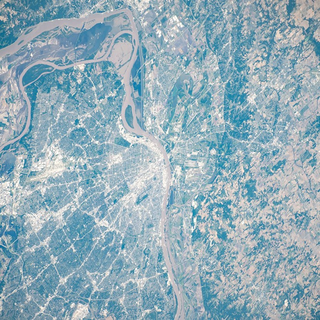 You're pretty, St. Louis. - NASA