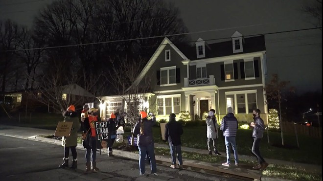 The protesters in front of Hawley's home in Virginia. - SCREENSHOT