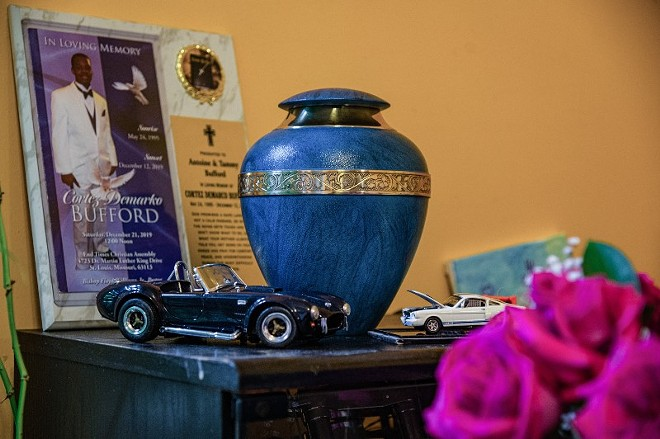 An urn containing the remains of Cortez Bufford is seen at the home of Antoine and Tammy Bufford on May 15, 2021, in St. Louis. - MICHAEL B. THOMAS FOR THE INTERCEPT