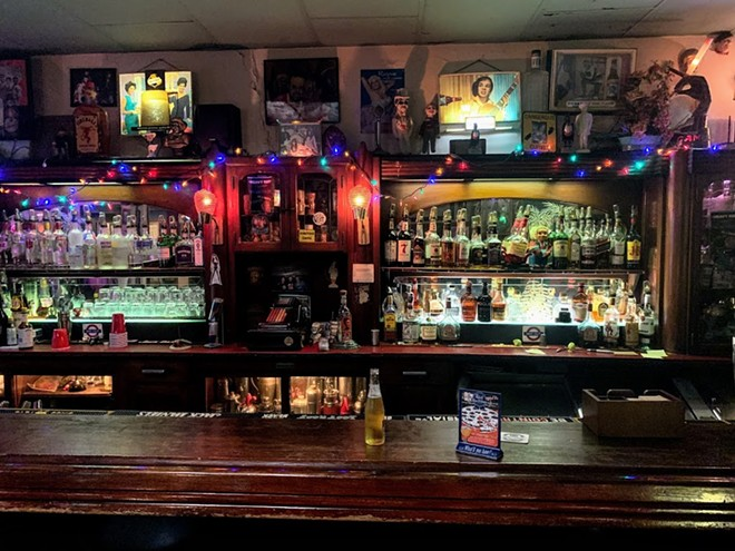 A great wall to stare at while waiting for a drink. - DOYLE MURPHY