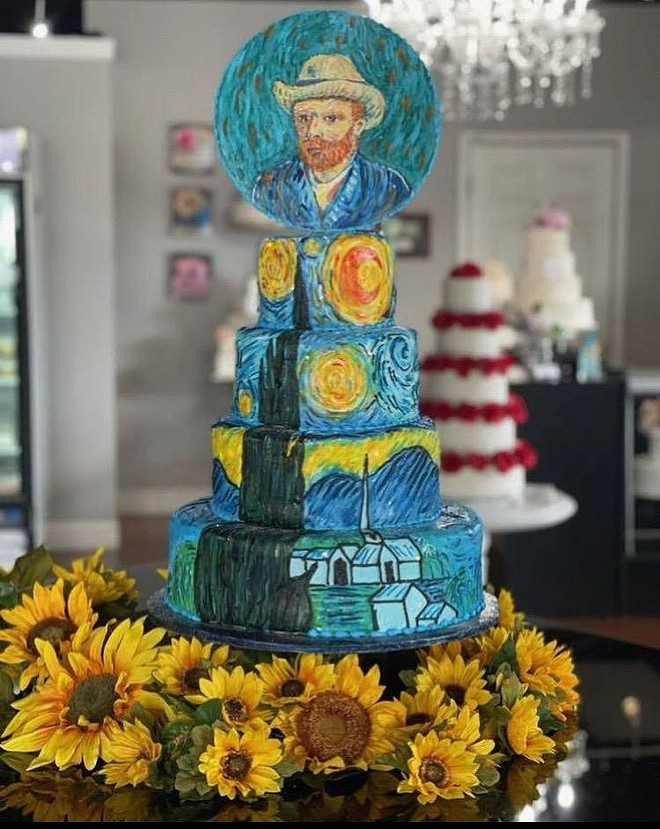 Artsy. The Beyond Van Gogh Wedding cake by Wedding Wonderland Cake Studio. - COURTESY BEYOND VAN GOGH: THE IMMERSIVE EXPERIENCE