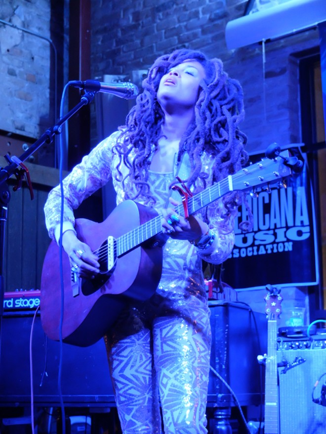 Valerie June at Cooper's BBQ - DANA PLONKA