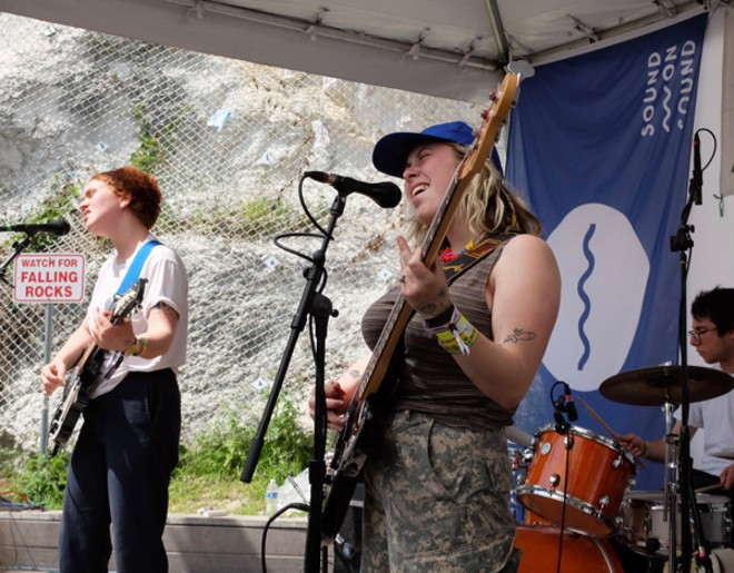 Girlpool at Cheer Up Charlies - DANA PLONKA