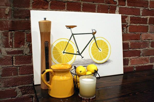 Lemons...at Lemmons... - PHOTO BY JOHNNY FUGITT