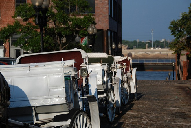 St. Louis carriage companies have been paying the region's taxi commission — but for what? - PHOTO COURTESY OF FLICKR/RJ