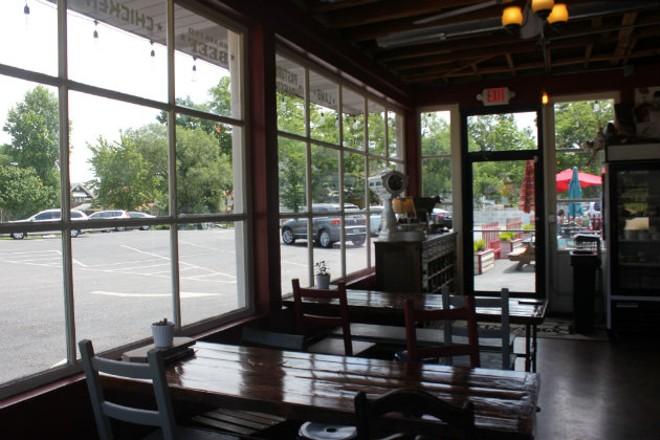 Three communal tables provide ample seating. - CHERYL BAEHR