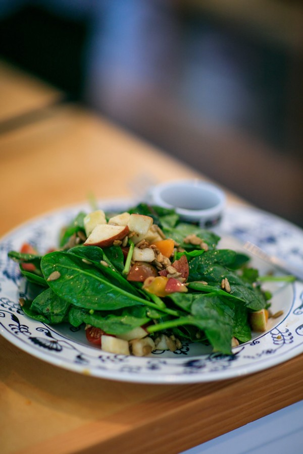 SPINACH SALAD | SUZY GORMAN
