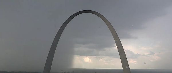 Insane Video Shows 'Wet Microburst' Splashing Down on St. Louis Saturday