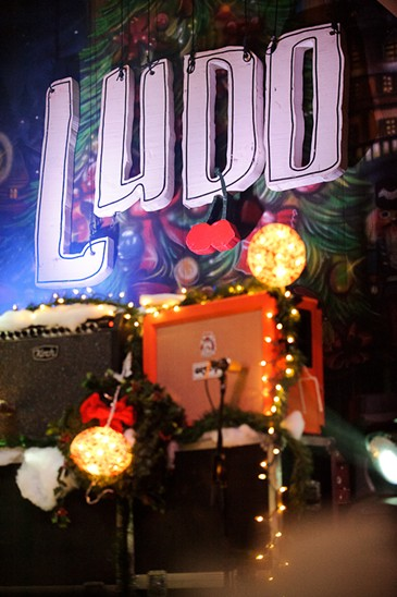 Ludo's 2011 Christmas show at the Pageant
