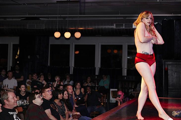 The Gutterballs <I>Big Lebowski</I> Burlesque Show