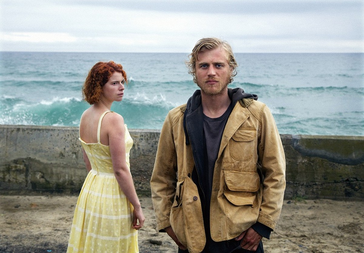 Moll (Jessie Buckley) falls for Pascal (Johnny Flynn), who may or may not be a real ladykiller.