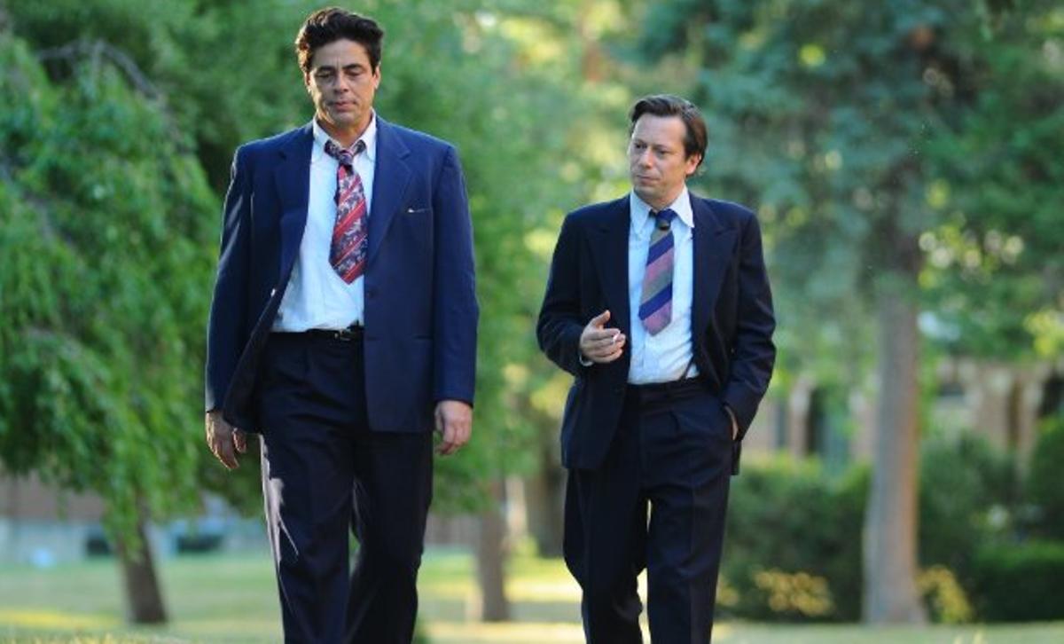 Benicio Del Toro and Mathieu Amalric in Jimmy P.