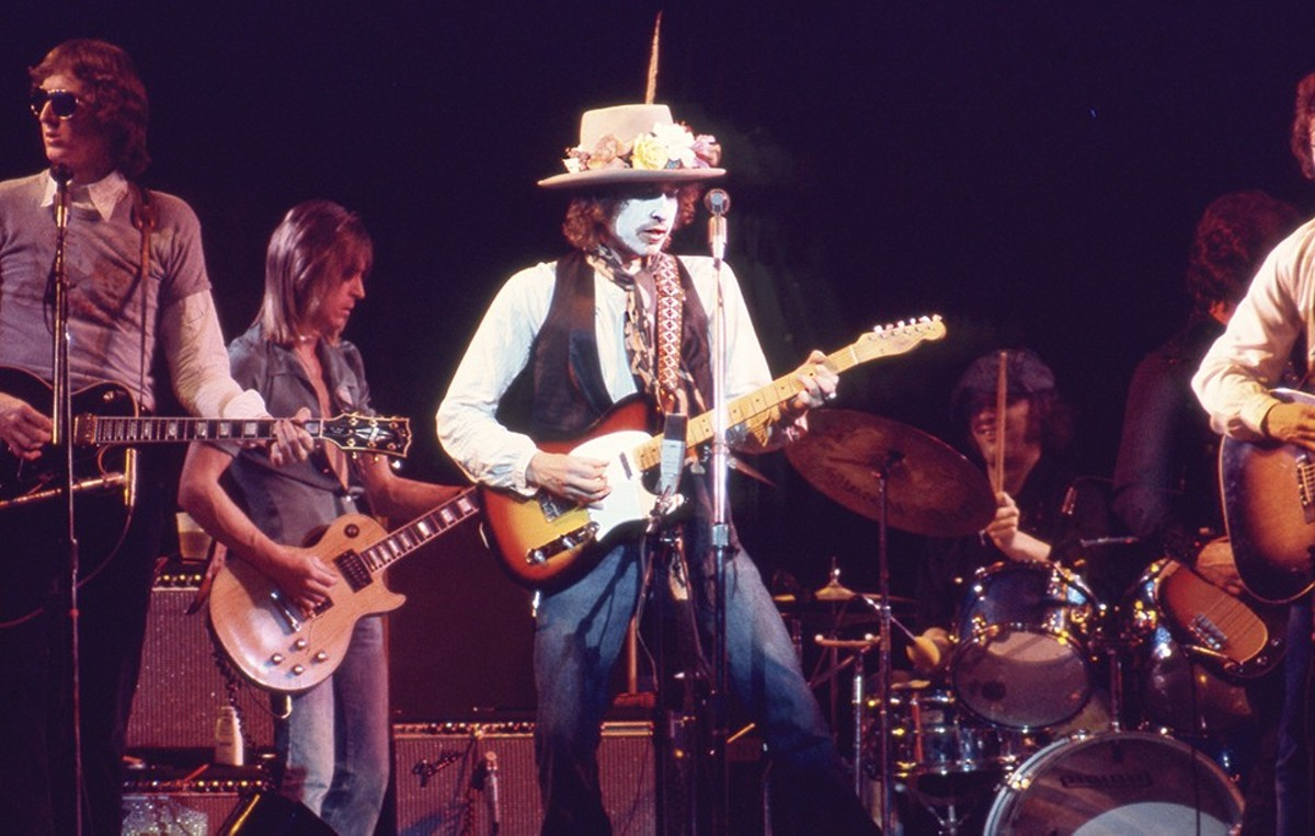 Bob Dylan examined the myth of himself onstage during the Rolling Thunder Revue tour