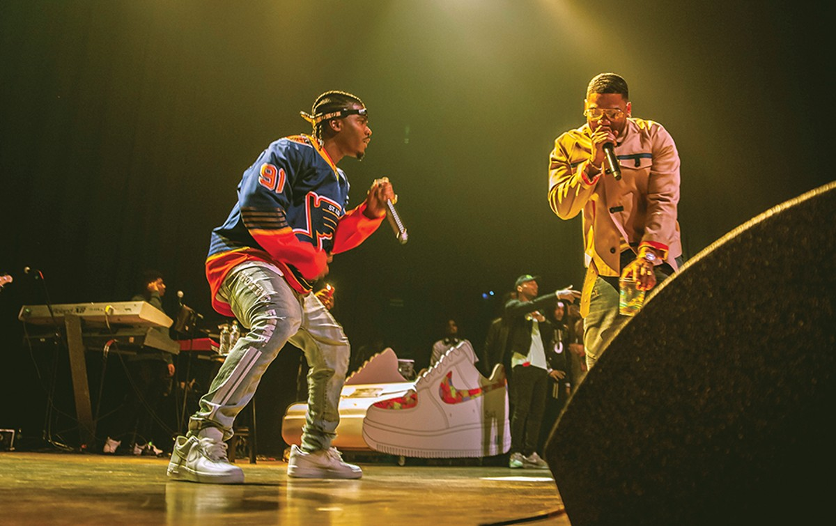 Does it get more St. Louis than Smino performing on stage with Nelly?