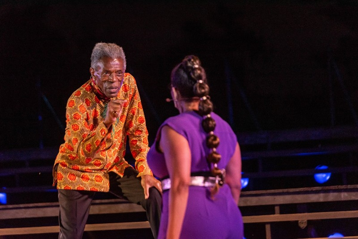André De Shields (Lear) and Rayme Cornell (Goneril) in the 2021 St. Louis Shakespeare Festival production of King Lear.