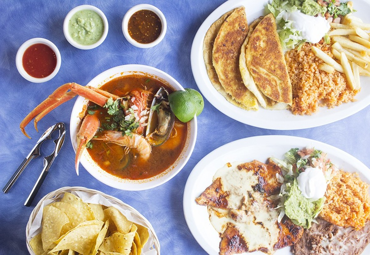 "Mi Lindo Michoacán 's highlights include the ""7 mares"" soup, empanadas de mariscos and pollo ranchero."