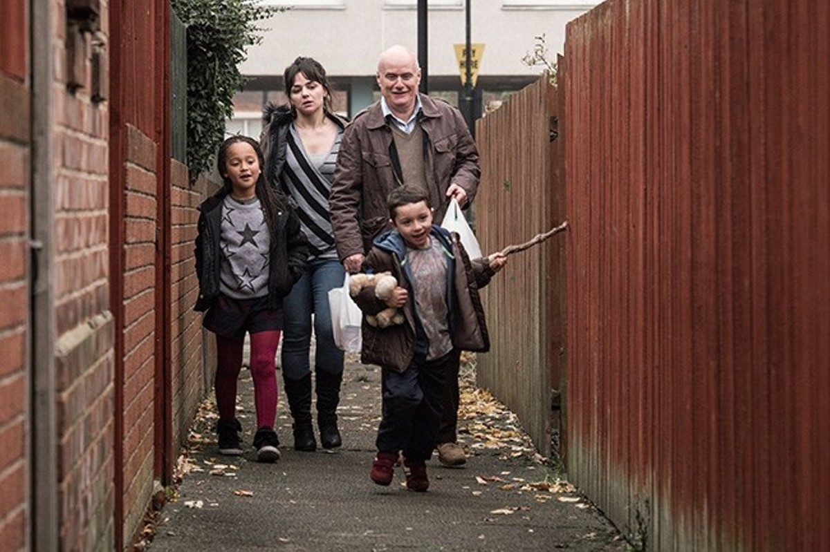 Katie and Dan (Hayley Squires and Dave Johns) struggle to maintain their dignity in an England that doesn't care about the working poor.