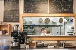 Chef Matt Borchardt shows how it's done. - PHOTO BY MABEL SUEN
