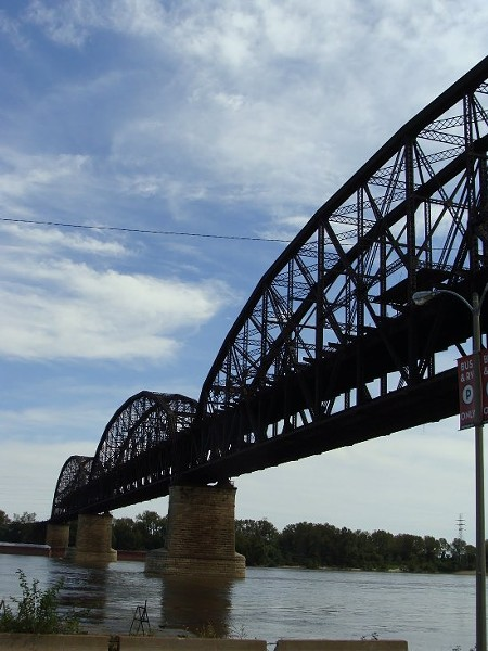 The MacArthur Bridge