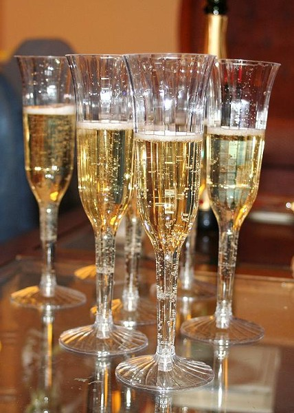 If this were baby Champagne, you could drink all of that. - WALDO JAQUITH, WIKIMEDIA COMMONS