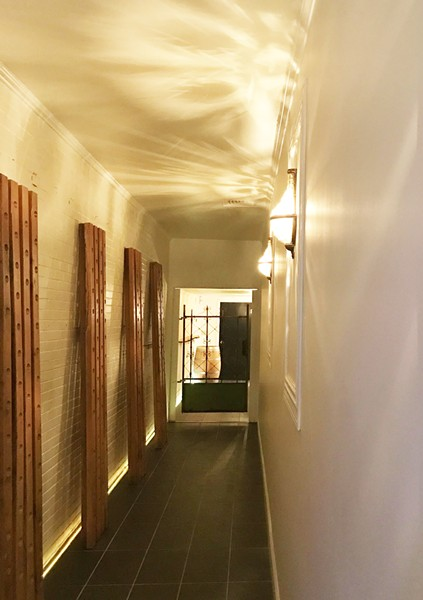 LONG HALLWAY ENTRANCE | SARA GRAHAM