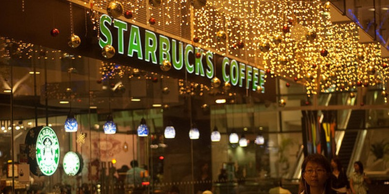 Is Starbucks Open On Christmas.Starbucks To Open A Ferguson Location But Won T Say Where