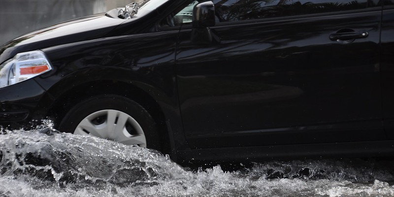 VIDEO: St. Louis Drivers Caught In Flash Flooding Today