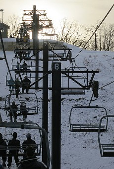 Skiing in Wildwood, Missouri — because the family that freezes together, stays together.
